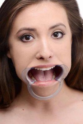 Pics query open mouth PIC